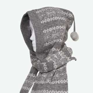 Papey wool scarf with hood