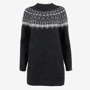 Fróðný long wool sweater