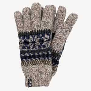 Woolen gloves in Nordic style