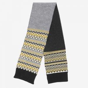 Viðar warm wool scarf