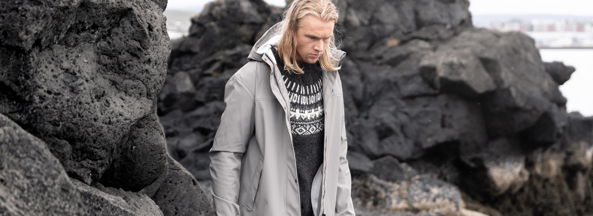 Outdoor clothing for men